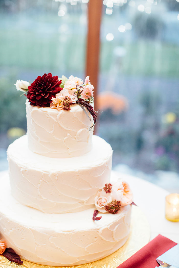 Beautiful Flower Wedding Cake